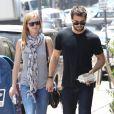 Exclusif - Joshua Bowman et sa compagne Emily VanCamp sont allés déjeuner dans un restaurant de Sushi à Los Feliz, le 29 mai 2015