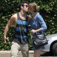Exclusif - Emily VanCamp et Joshua Bowman à Hollywood, le 4 mai 2013