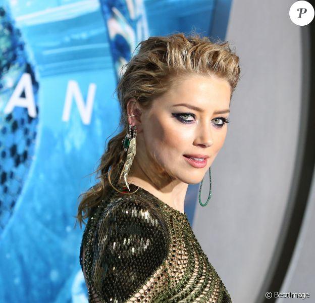 """Amber Heard à la première du film """"Aquaman"""" à Los Angeles le 12 décembre 2018"""