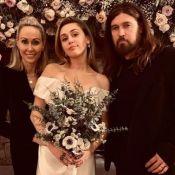 Miley Cyrus mariée à Liam Hemsworth : Entourée de ses parents pour le grand jour