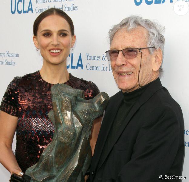 Natalie Portman et Amos Oz - Cérémonie des UCLA Israel Studies Awards à Beverly Hills, le 5 mai 2015.