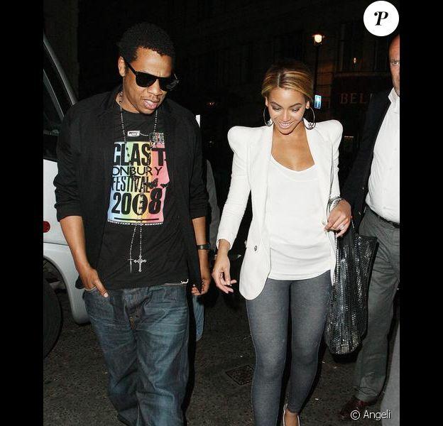 Beyoncé et son mari Jay-Z à la sortie de la discothèque Bungalow 8, à Londres. 24/05/09