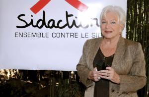 La rigolote Nadine de Rothschild et Line Renaud vous invitent... au restaurant ! Oui c'est vrai !