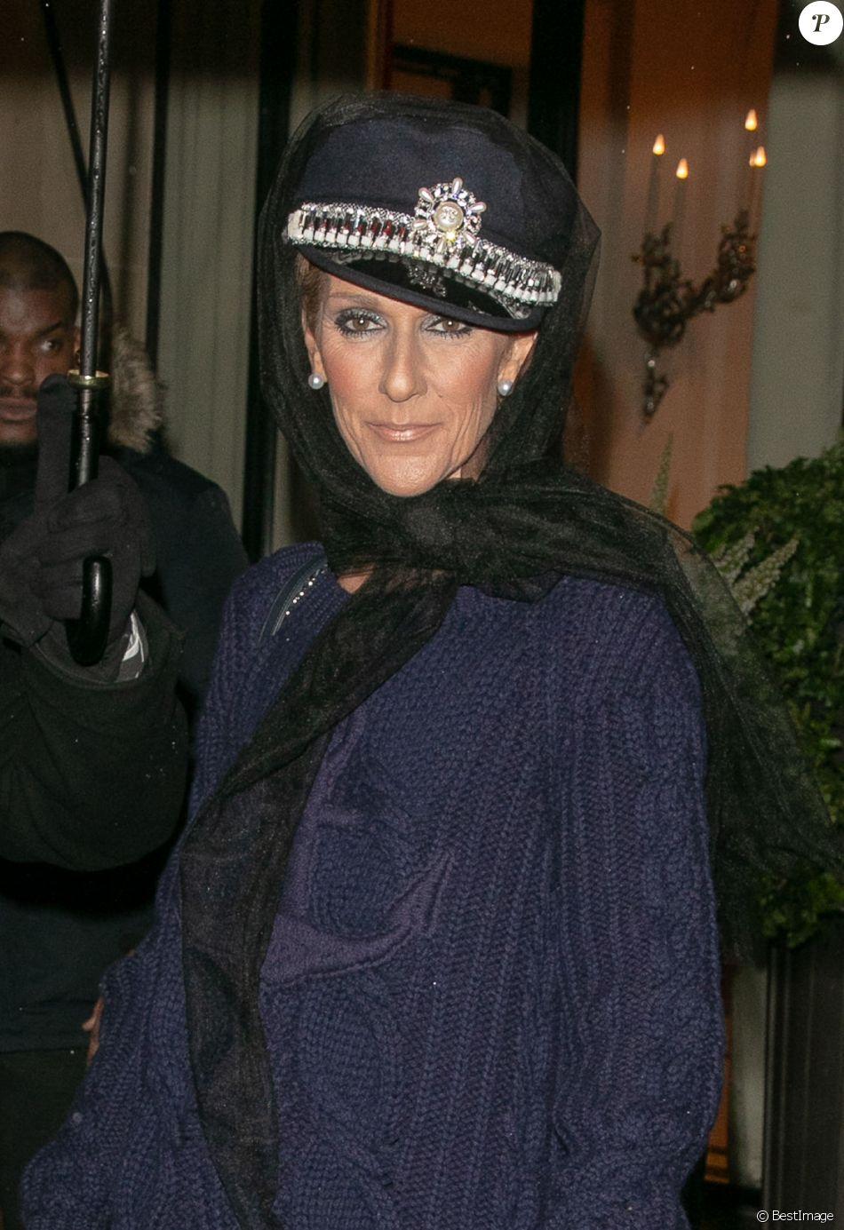 Céline Dion quitte l'hôtel Plaza Athénée à Paris le 29 janier 2019.