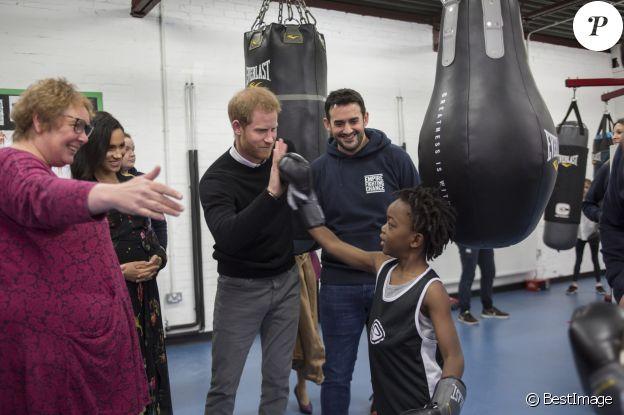 Le prince Harry, duc de Sussex, et Meghan Markle, duchesse de Sussex, enceinte visitent l'association Empire Fighting Chance qui utilise la boxe pour soutenir les enfants qui échouent à l'école. Bristol le 1er février, 2019
