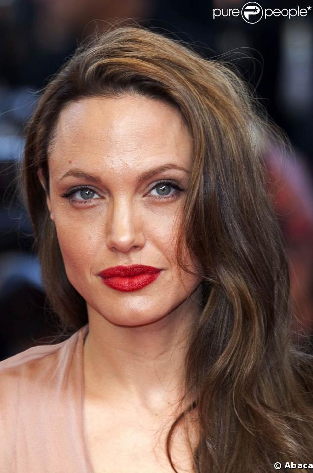 """Angelina Jolie... blessée sur le tournage de """"Salt"""" !"""