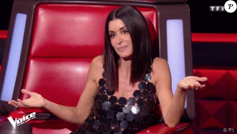 """Jenifer, sublime en robe Paco Rabanne pour son retour dans """"The Voice"""" saison 8 le 9 février 2019 sur TF1."""