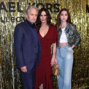 Fashion Week : Catherine Zeta-Jones, sublime avec Michael Douglas et leur fille