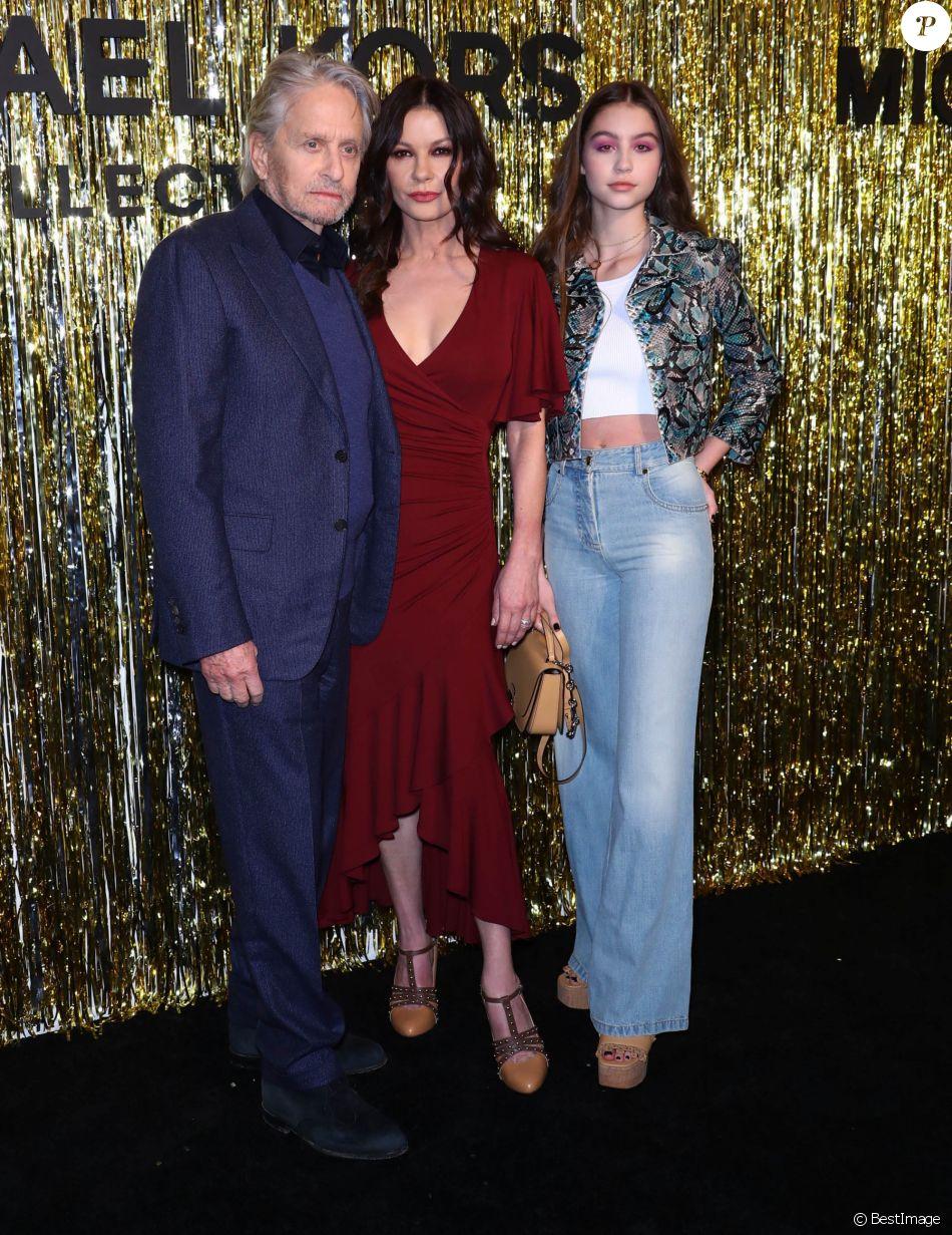 Michael Douglas, Catherine Zeta-Jones, leur fille Carys au défilé de mode Michael Kors Collection automne hiver 2019/2020 lors de la fashion week de New York le 13 février 2019.