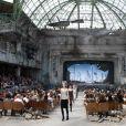 Défilé Chanel automne-hiver 2013-2014 au Grand Palais à Paris.