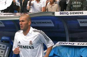 Zinedine Zidane retourne au Real Madrid ! Et...