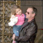 Kiefer Sutherland avec sa ''fille'' et sa ''petite-fille''... Jack Bauer est aux anges !