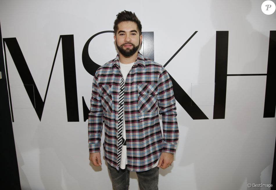 Exclusif - Kendji Girac lors de la présentation de la collection MSKH (Pull en Pur Cachemire, tissés en Italie) pendant la Fashion Week prêt-à-porter automne-hiver 2019/2020 au show Room Xavier Lavergne à Paris, France, le 25 février 2019. © Marc Ausset-Lacroix/Bestimage  (No Web No Blog pour la Belgique et la Suisse) Exclusive - For Germany Call For Price - Celebs at the collection MSKH presentation during the Fashion Week ready-to-wear autumn-winter 2019/2020 at Xavier Lavergne's showroom in Paris, France, on February 25, 2019.25/02/2019 - Paris
