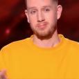 """Alex Adam dans """"The Voice 8"""" sur TF1, le 9 mars 2019."""