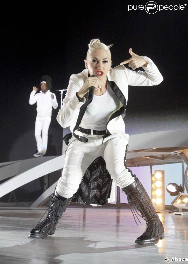 Gwen Stefani en concert au Cruzan Amphitheater de West Palm Beach, le 3 juin 2009