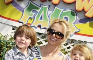 Quand les fils de Britney Spears répètent les chorégraphies de leur mère... Regardez !
