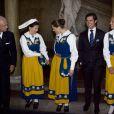 La famille royale lors des célébrations de la Fête Nationale suédoise, le 6 juin 2009 : Carl XVI Gustav, Silvia, Victoria, Carl Philip et Madeleine. Dans l'ordre.