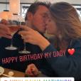 Benjamin Castaldi entouré de ses fils Julien, Simon et Enzo pour ses 49 ans, le 28 mars 2018 à Paris. Ici avec son épouse Aurore Aleman.