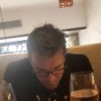 Benjamin Castaldi entouré de ses fils Julien, Simon et Enzo pour ses 49 ans, le 28 mars 2018 à Paris.