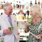Le prince Charles et Camilla Parker Bowles, hilares, boivent des mojitos à Cuba