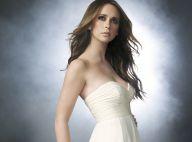 Jennifer Love Hewitt sublime et très décolletée... illumine votre soirée !