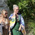 Laeticia Hallyday et son amie Christina vont rejoindre des amies dans une villa avant d'aller dejeuner à Beverly Hills le 20 juin 2018
