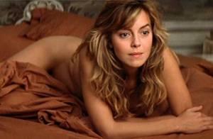 La superbe Greta Scacchi pose entièrement nue... la pêche a été bonne !
