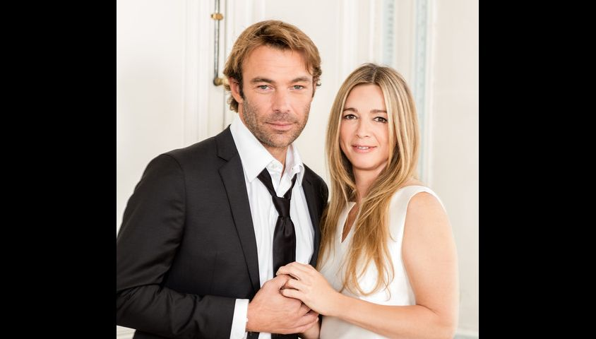 Hélène Rollès et Patrick Puydebat dans les Mystères de l'amour sur TMC.