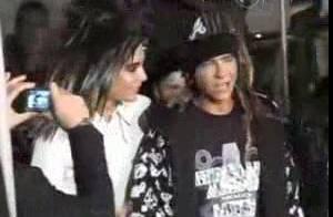 Arrivée de Tokio Hotel aux NRJ Music Awards : des fans dans tous leurs états...