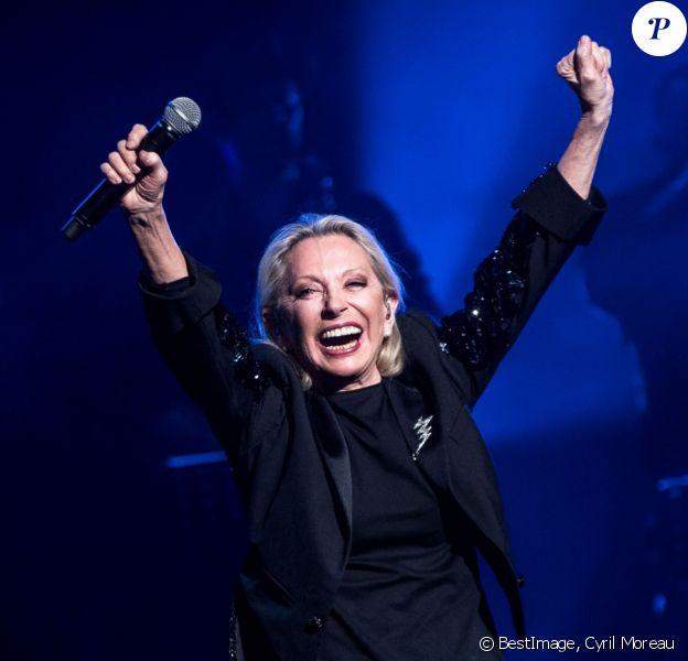 """Exclusif - Véronique Sanson en concert au palais des congrès de Tours pour la première date de sa tournée """"Dignes, Dingues, Donc..."""" le 3 avril 2019. © Cyril Moreau / Bestimage"""