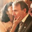 Mariage de Michel Houellebecq et Qianyun Lysis Li à la mairie du 13e arrondissement de Paris, le 22 septembre 2018. Photo de Carla Bruni.