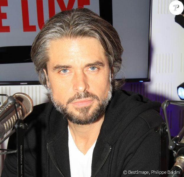 """Exclusif - Anthony Dupray lors de l'émission """"Le Show de Luxe"""" sur la Radio Voltage à Paris, France, le 14 mars 2219. © Philippe Baldini/Bestimage"""