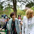 Brigitte Macron et Akie Abe, femme du premier ministre du Japon - Visite de Giverny. Le 23 avril 2019 © Christian Liewig / Pool / Bestimage