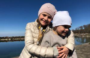 Victoria de Suède : Estelle et Oscar câlins, grand bleu et grand air pour Pâques