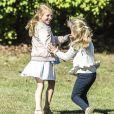 La princesse Estelle de Suède, accompagnée par ses parents la princesse héritière Victoria de Suède et le prince Daniel, a fait sa rentrée en classe pré-scolaire au Campus Manilla à Stockholm le 21 août 2018.