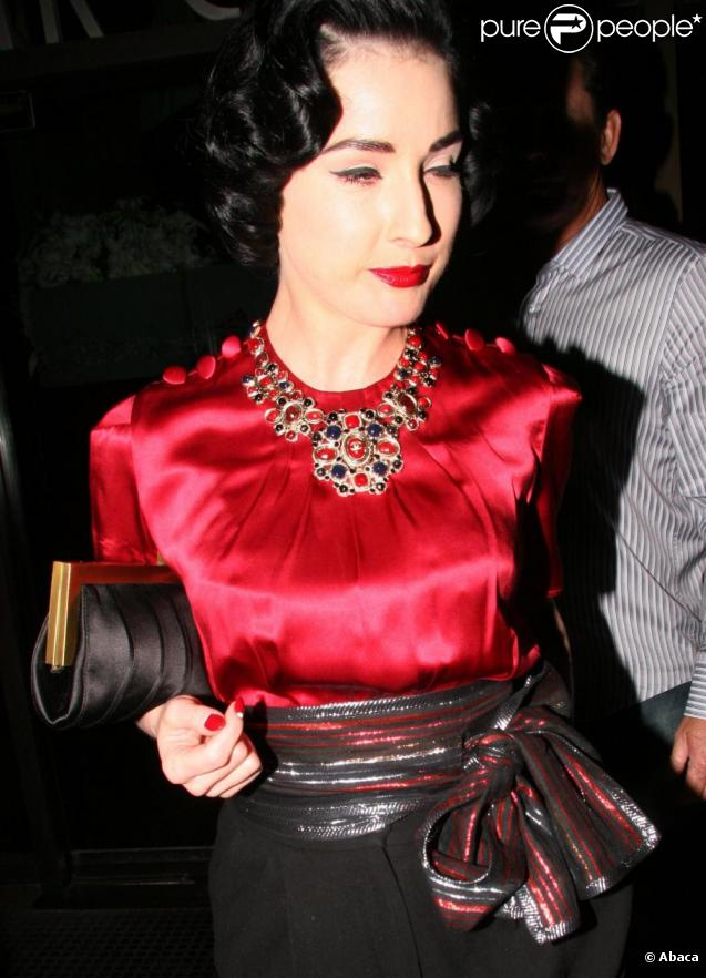 Dita Von Teese à Beverly Hills, le 13 juin 2009