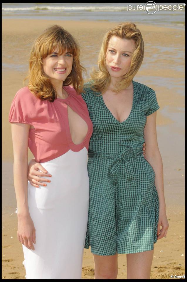 Cécile Cassel wahou... et Claudia Gerini, lors du 23e Festival du Cinéma Romantique de Cabourg, qui s'est tenu du 10 au 14 juin 2009 !