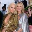 "Rita Ora et Kate Moss lors de la 71ème édition du MET Gala (Met Ball, Costume Institute Benefit) sur le thème ""Camp: Notes on Fashion"" au Metropolitan Museum of Art à New York City, New York, Etats-Unis, le 6 mai 2019."