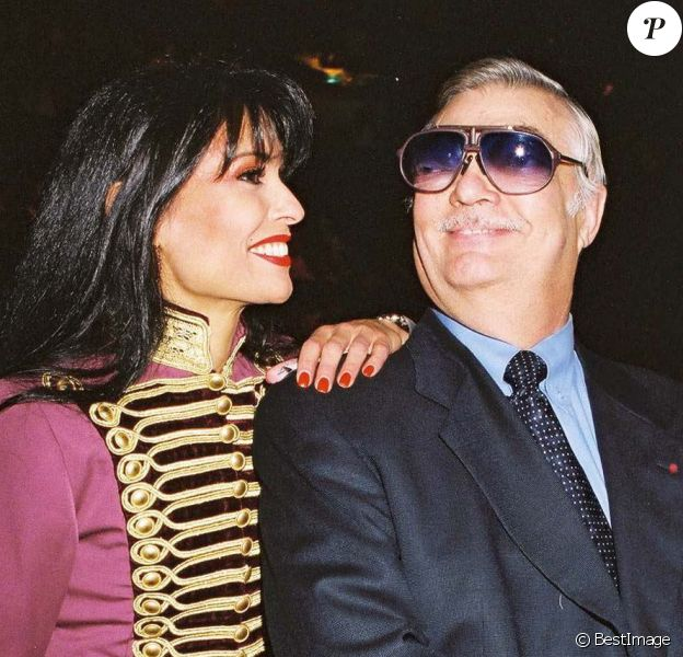 Sampion Boulgione et sa nièce Régina Bouglione au Cirque d'Hiver à Paris, le 7 novembre 2001.