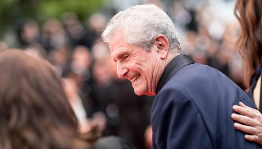 """Claude Lelouch (Smoking Dior, montre Van Cleef & Arpels) - Montée des marches du film """"Les plus belles années d'une vie"""" lors du 72ème Festival International du Film de Cannes. Le 18 mai 2019 © Jacovides-Moreau / Bestimage"""