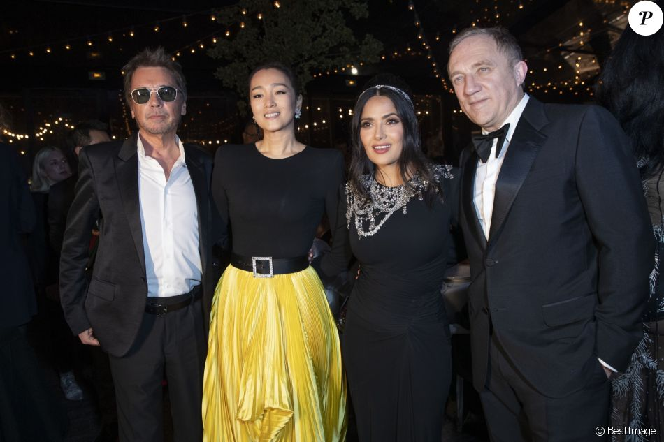 "Jean-Michel Jarre et sa compagne Gong Li, Salma Hayek et son mari François-Henri Pinault - Soirée Kering ""Women In Motion Awards"" lors du 72ème Festival International du Film de Cannes le 19 mai 2019. © Olivier Borde/Bestimage"
