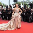 """Natasha Poly assiste à la montée des marches du film """"Roubaix, une lumière (Oh Mercy!)"""" lors du 72ème Festival International du Film de Cannes. Le 22 mai 2019 © Borde / Bestimage"""