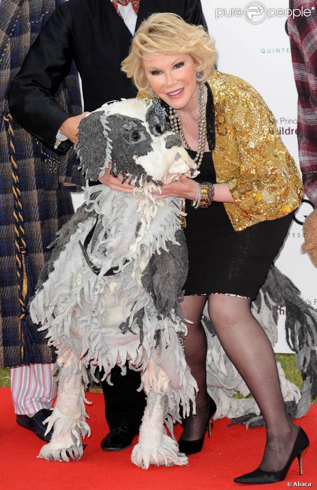 Joan rivers et woofy dans les jardins de kensington for Dans joam