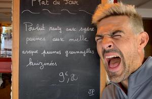 Jean-Pascal Lacoste change de tête avant son mariage :