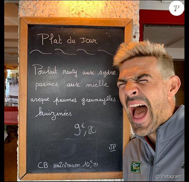Jean-Pascal Lacoste se dévoile en blond sur Instagram, en mai 2019.