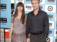 Dermot Mulroney toujours charmant avec sa femme de nouveau enceinte... très enceinte !