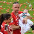Franck Ribery et sa fille Keltoum - Franck Ribéry célèbre le titre de champion d'allemagne et son dernier match sous les couleurs du Bayern de Munich le 18 Mai 2019.