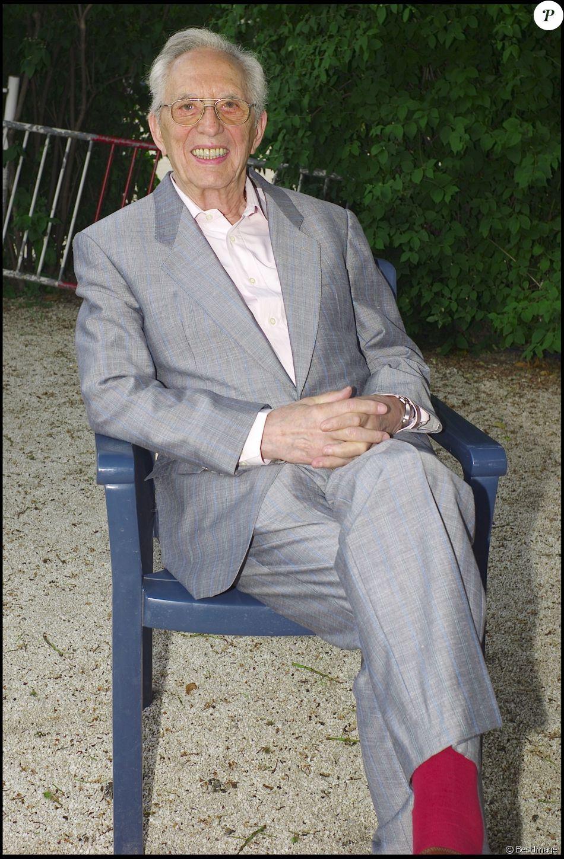 Zappy Max au 1er salon du livre de célébrités à l'espace Pierre Cardin à Paris le 18 mai 2008.