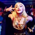 Madonna dans le clip de God Control, extrait de Madame X