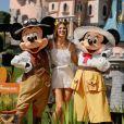 """Iris Mittenaere (Miss France et Miss Univers 2016) au photocall """"Jungle Book Jive"""" dans le cadre du Festival du Roi Lion et de la Jungle à Disneyland Paris. Marne-la-Vallée, le 29 juin 2019. © Christophe Clovis"""